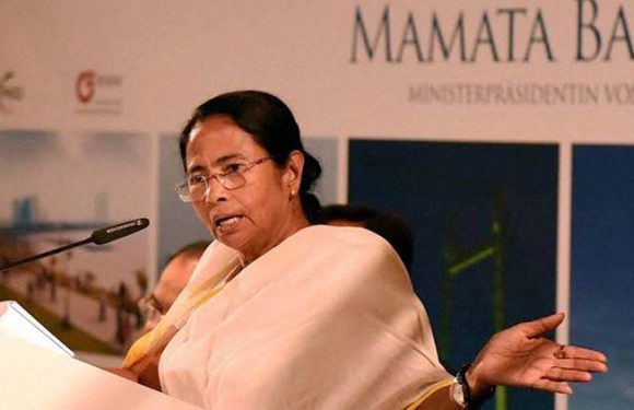 Mamta Banerjee – Muslim youth blame her to betraying the community