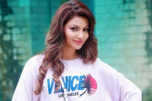 Urvashi Rautela hot and sexy photos will make you crazy