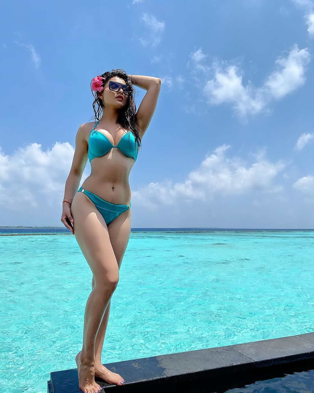 Urvashi Rautela Hot HD photo
