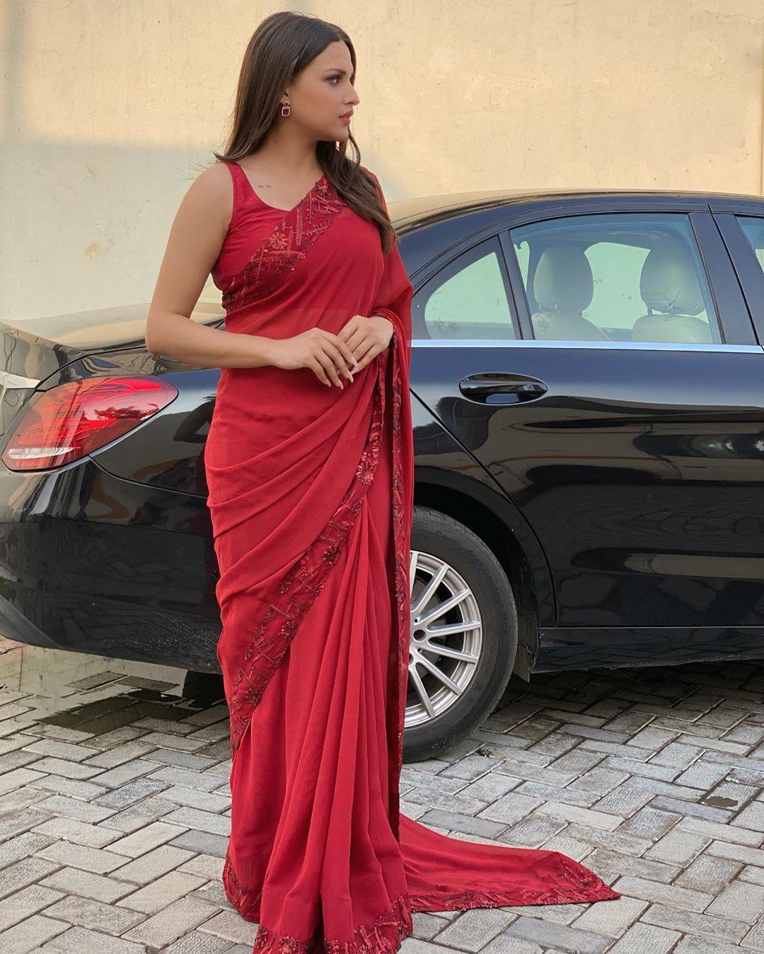 Saree look of Himanshi Khurana