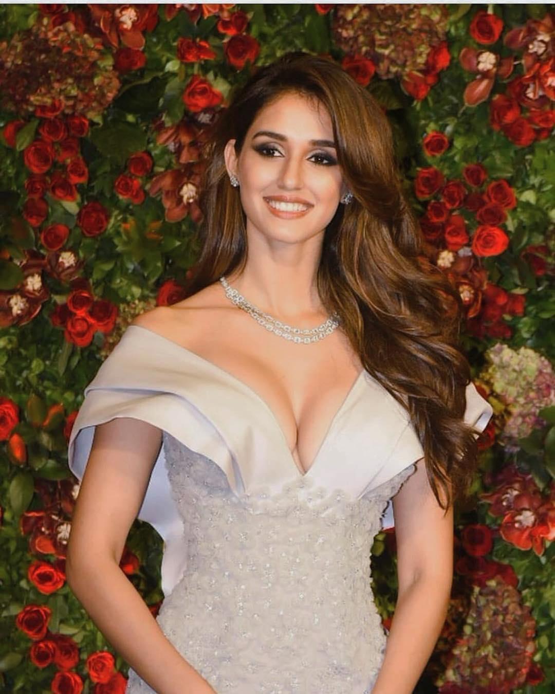 Disha Patani Hottest actress of Bollywood