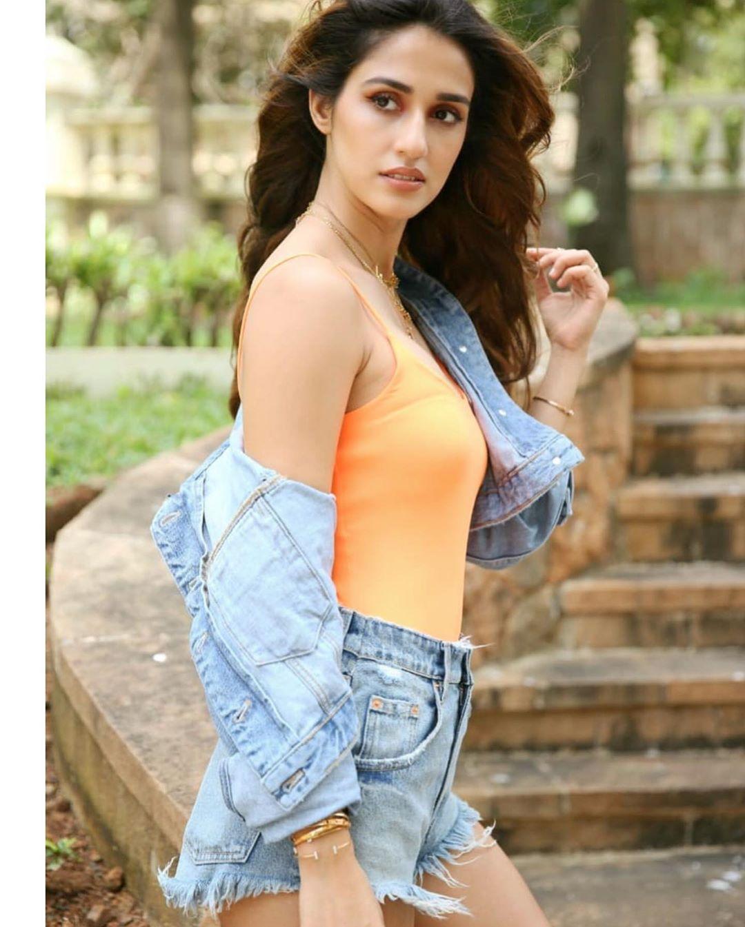Hot Bollywood actress Disha Patani
