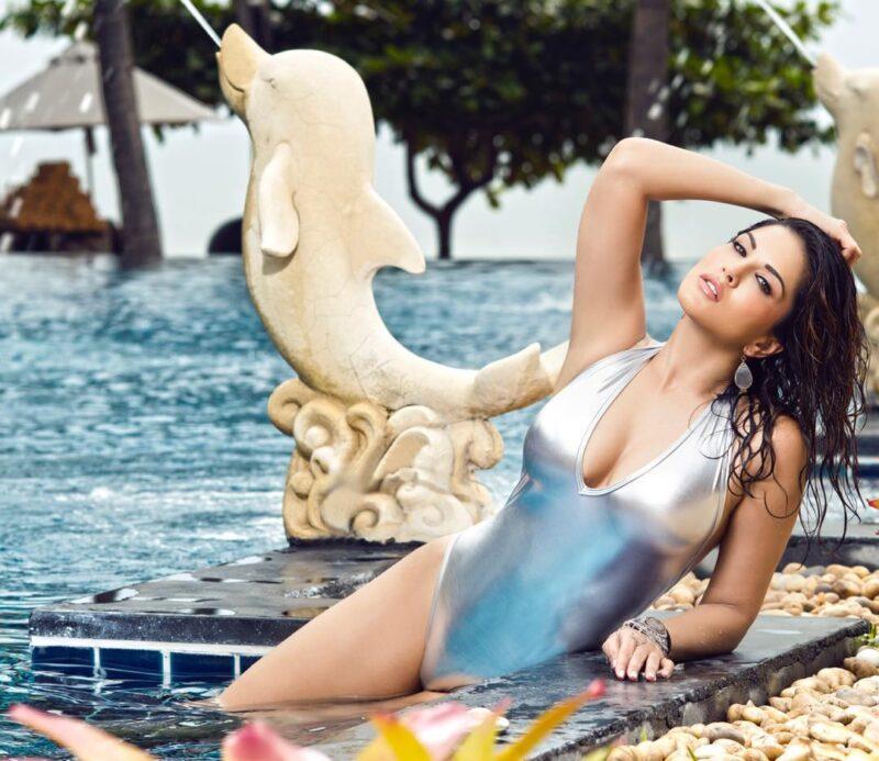 Sunny Leone Hot Image in silver color monokini