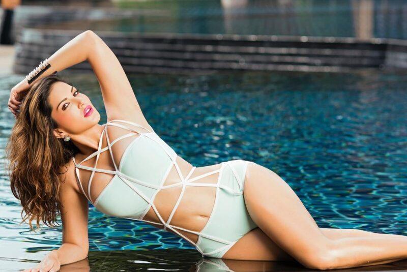 Bikini Picture of Sunny Leone