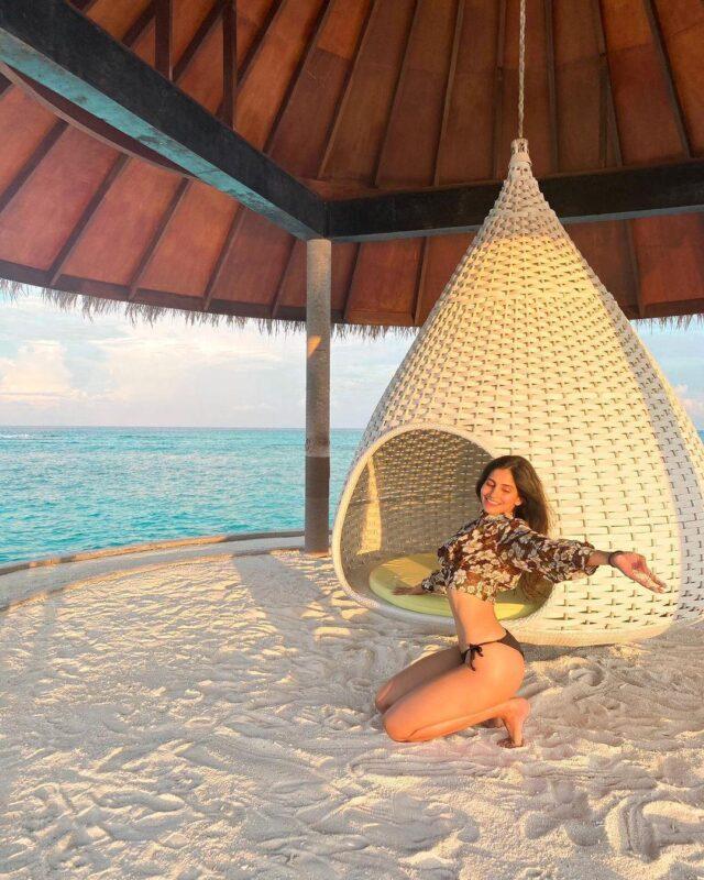 sakshi malik in floral bikini picture