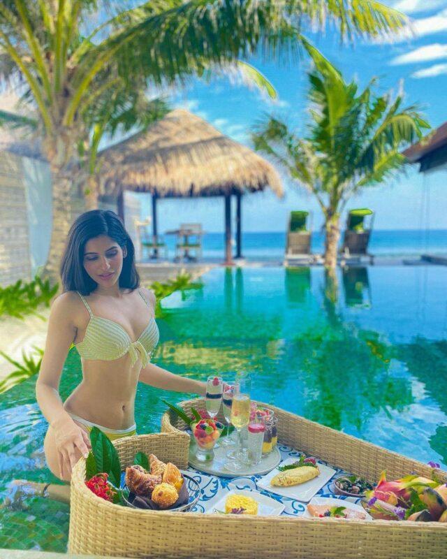 Sakshi Malik looks adorable  in yellow bikini at maldive beach pictures