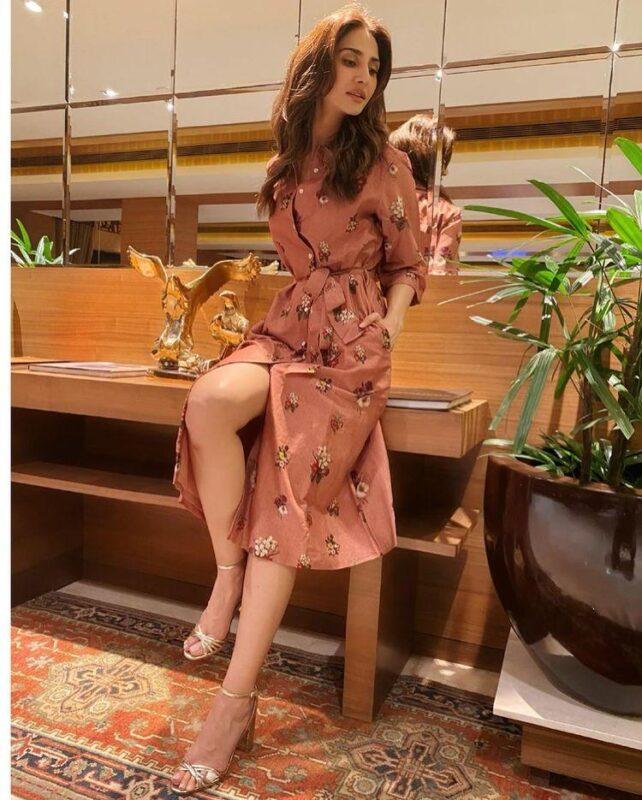 Vaani Kapoor: Indian Bollywood Actress Beautiful and Hot Pictures