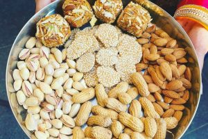 Happy Lohri 2021: Best Wishes, Messages, Whatsapp Status and Images