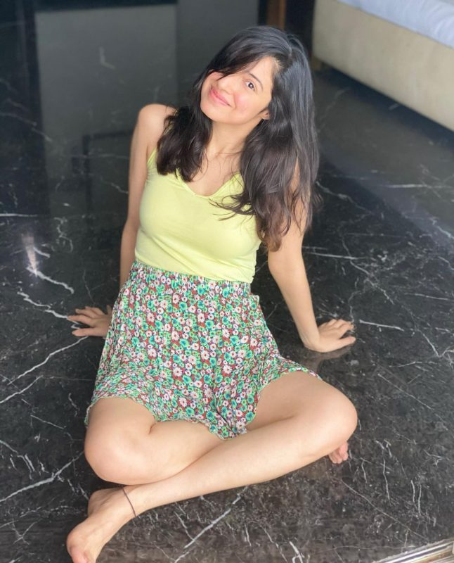 divya khosla kumar in cute and simple attire pictures