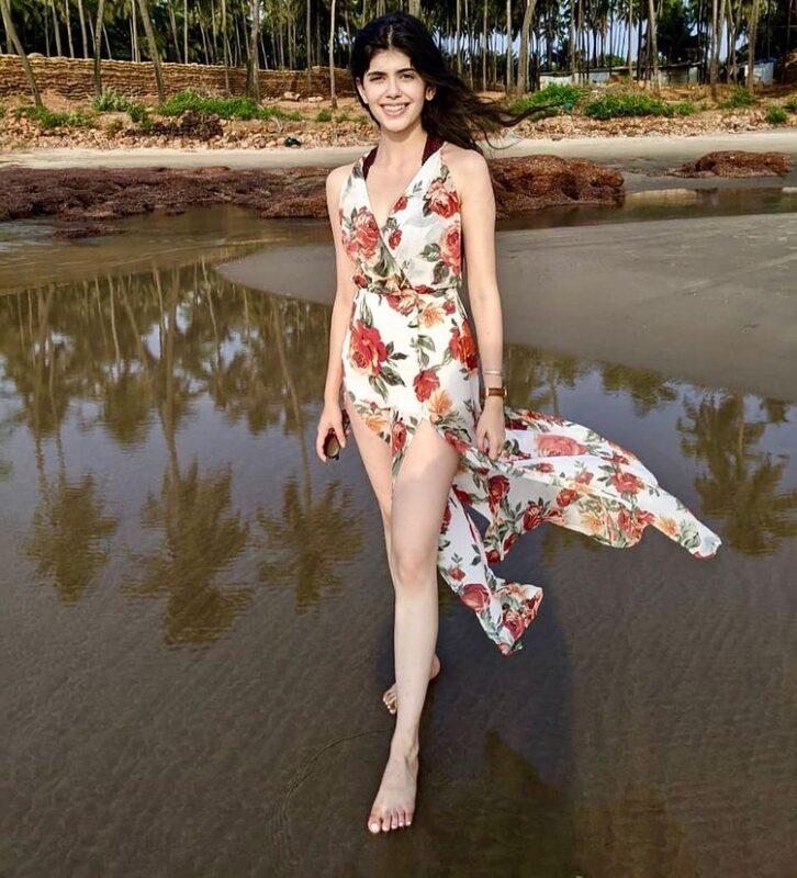 sanjana sanghi in sexy floral dress