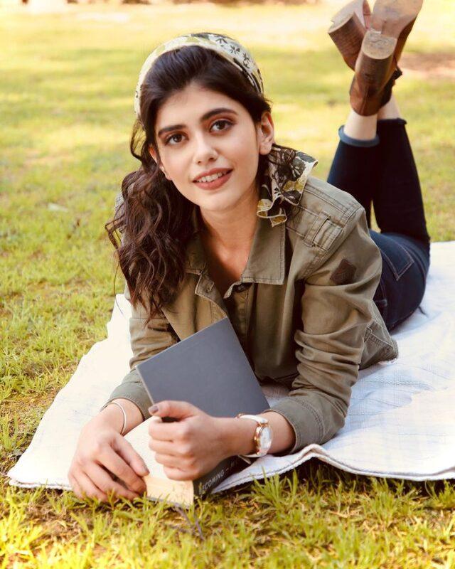 sanjana sanghi in olive denim jacket pictures