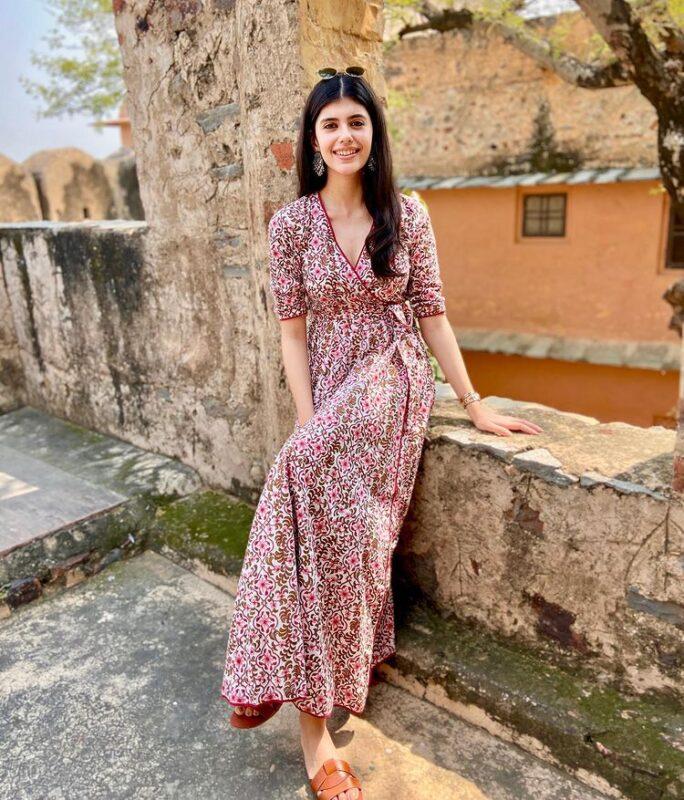 sanjana sanghi dazzling  kalamkari maxi dress images