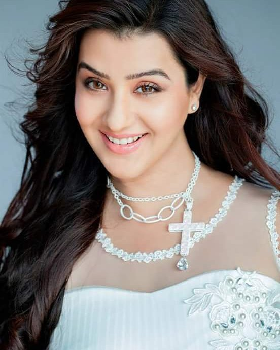 shilpa shinde hot and bold looks