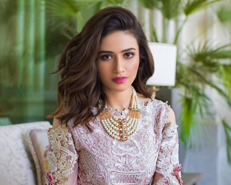 Top most hot and Sexy actress of Pakistan