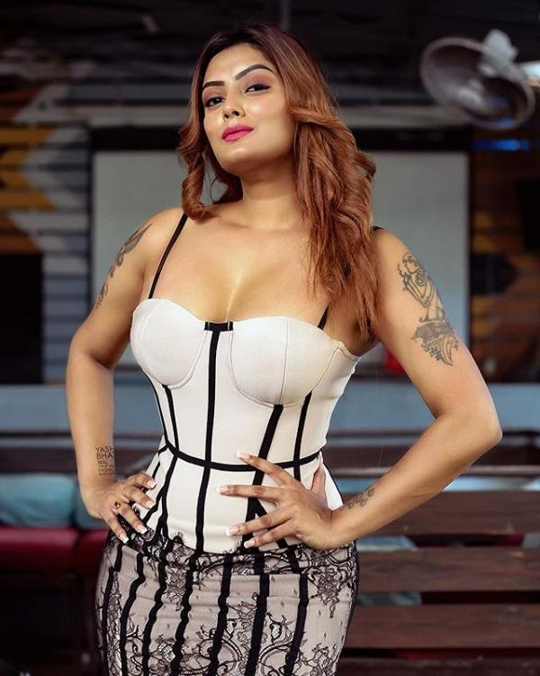 Sexiest Indian Model Twinkle Kapoor